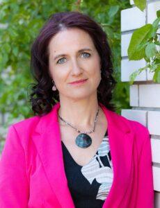 Organic Estonia tegevjuht Krista Kulderknup leiab, et mahepõllumajanduse jätkusuutlikkuse huvides peame olema innovaatilised ja uute kultuuride ning toodete järele ringi vaatama. Foto: erakogu